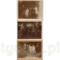 Rodzinne chwile przed domem oraz podczas spacerów uwiecznione na dawnych zdjęciach