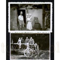 Dwa pamiątkowe czarno białe rodzinne zdjęcia
