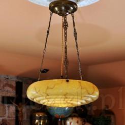 Cudna lampa antyczna nosząca nazwę ampla