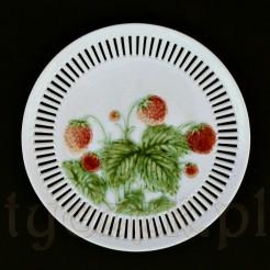 Piękny talerz z truskawkami