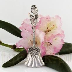 Niewielka, zabytkowa łyżeczka do cukru wykonana ze srebra próby 800.