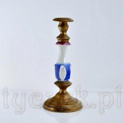 Antyczny świecznik z epoki Biedermeier - cenny eksponat z porcelany i mosiądzu