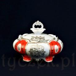 Piękna porcelanowa bomboniera