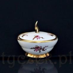 Przepiękna porcelanowa bomboniera