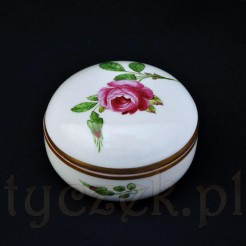 Piękne porcelanowe puzderko