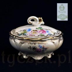 Przepiękna tułowicka bombonierka z cennej porcelany