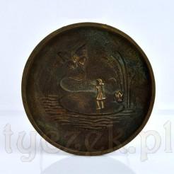 Dekoracyjny antyk z brązu - talerzyk ozdobny