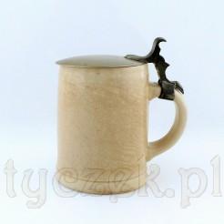 Ciekawy ceramiczny kufel