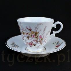 Urocza porcelanowa filiżanka do kawy