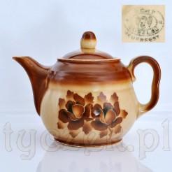 Antyczny dzbanek ze starej ceramiki marki BUNZLAU
