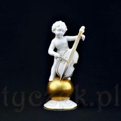 Amor wiolonczelista grając na złotej kuli
