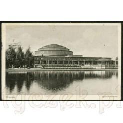Widok pocztówki przedstawiającej Halę Stulecia