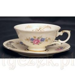 Znakomita filiżanka z porcelany ecru marki bavaria