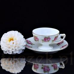 Urocza filiżanka do kawy typu mokka wraz z oryginalnym spodkiem marki Rosenthal
