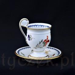 Filiżanka wraz z oryginalnym talerzykiem wykonane z białej, włoskiej porcelany