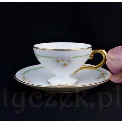 Urocza cienkościenna porcelana