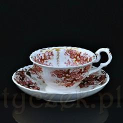 Zabytkowa filiżanka do herbaty wykonana w Anglii