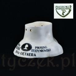 Markowa forma reklamowa DR Oetker z ceramiki polskiej marki Chodzież