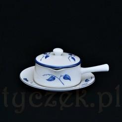 Ciekawy porcelanowy garnuszek na masełko