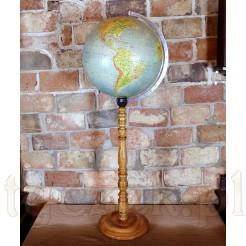 Gabinetowy globus na okazałej drewnianej nodze