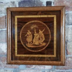 Drewniany obraz wykonany w technice intarsji.