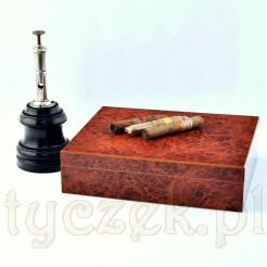 Humidor wykonany z drewna cedrowego