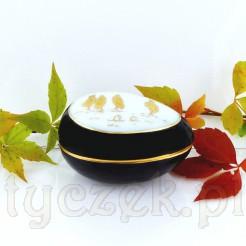 Oryginalna bombonierka z saksońskiej porcelany w kształcie jajka