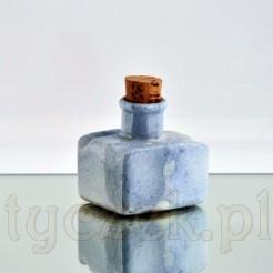 Antyczny kałamarz z dawnej porcelany