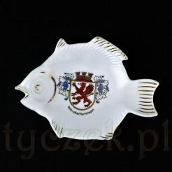 Porcelanowa rybka z herbem