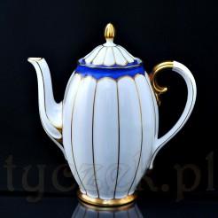 Okazały dzbanek do kawy ze śląskiej porcelany