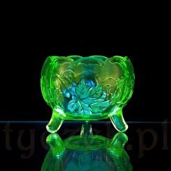 Wyjątkowe szklane naczynie ze szkła uranowego - podświetlone lampą UV