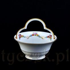 Porcelanowy koszyczek na słodycze i nie tylko