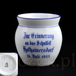 Śląski kubek z porcelany z 1913 roku