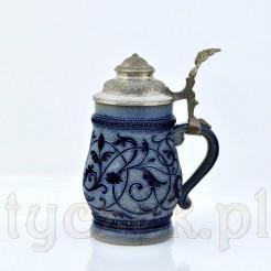 HISTORYZM - okazale zdobiony kufel zabytkowy z ceramiki