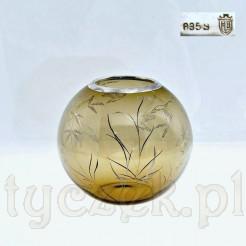 szklany wazon w kształcie kuli