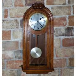Ścienny zegar do dużego pokoju, salonu i jadalni