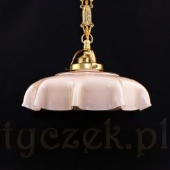 Przedwojenna lampa na mosiężnym zwisie
