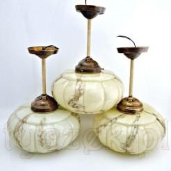 Trzy wyjątkowe lampy wiszące dekorowane marmoryzacją
