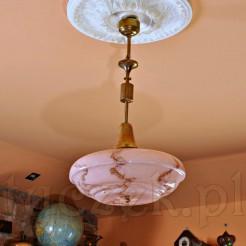 Oryginalna i jednostkowa lampa stylowa