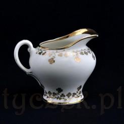 seesjny mlecznik z wałbrzyskiej porcelany znakowanej KPM