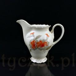 Zabytkowy dzbanuszek do mleka w luksusowym wydaniu z Żarskiej porcelany