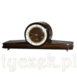 Pełen wdzięku zegar VINTAGE kwadransowy z II połowy XX wieku