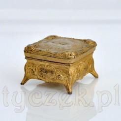 jubilerska szkatułka na obrączki z miasta Oppeln