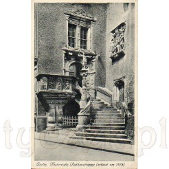 Wspaniałe renesansowe schody prowadzące do Starego Ratusza w Zgorzelcu