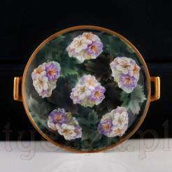 Kwiatowa patera ze znakomitej śląskiej porcelany.