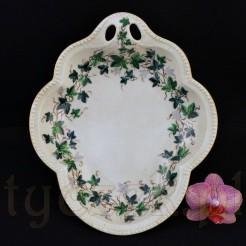 Zjawiskowo piękna porcelanowa patera w kształcie bluszczu