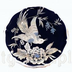 Dostojny srebrny ptak zdobi porcelanę Rosenthal