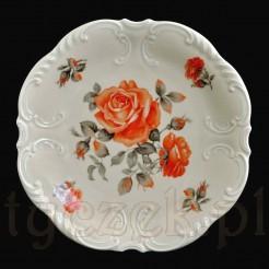 Stylowa patera o okazałej formie wykonana została z kremowej porcelany