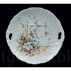 Patera z pięknie zdobionej porcelany