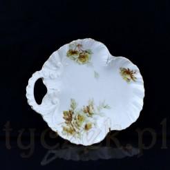 Urocza paterka ze śląskiej porcelany w kolorze białym